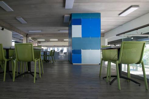 JFK Elementary School: Estudios y oficinas de estilo moderno por VG+VM Arquitectos