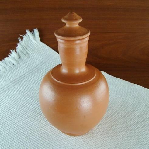 Moringa em Cerâmica - 1 Litro: Quarto  por Vida Rústica Artesanato e Decoração