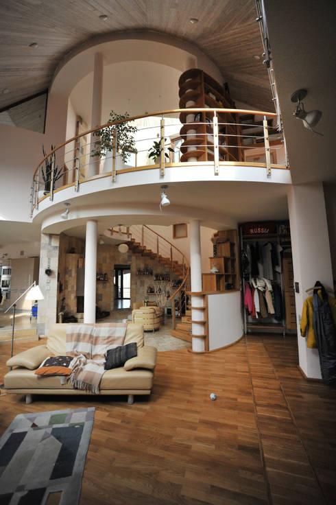Футуристический дом: Гостиная в . Автор – Миллениум Проект