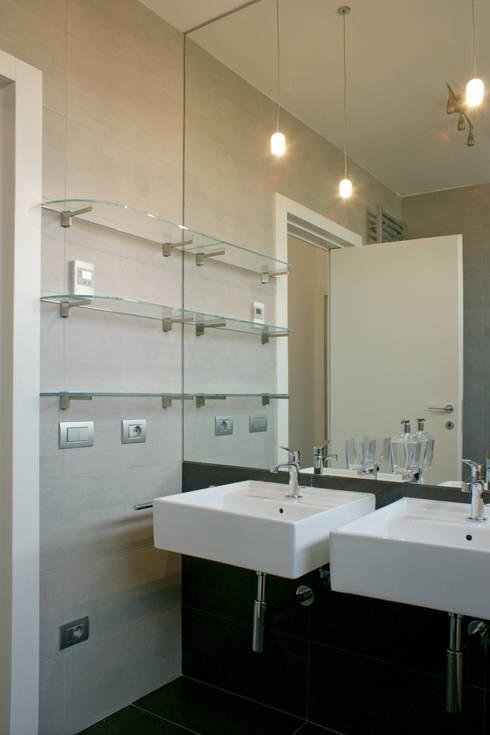 bagno: Bagno in stile  di Gaia Brunello | Photo&HomeStaging