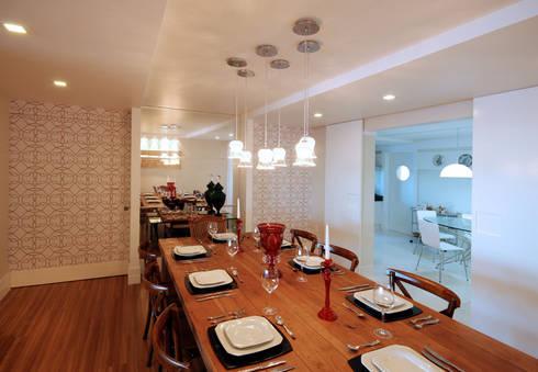 Apartamento 902: Salas de jantar modernas por Neoarch