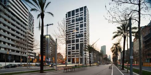 Torre Nova Diagonal. Barcelona: Casas de estilo moderno de MSA+A   Adolf Martínez/Josep Lluís Sisternas, arquitectes i ass.