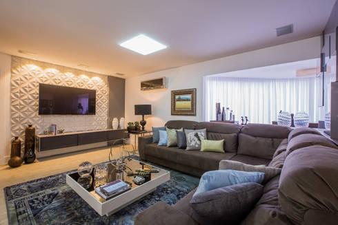 Apartamento em Cascavel: Salas de estar modernas por Evviva Bertolini