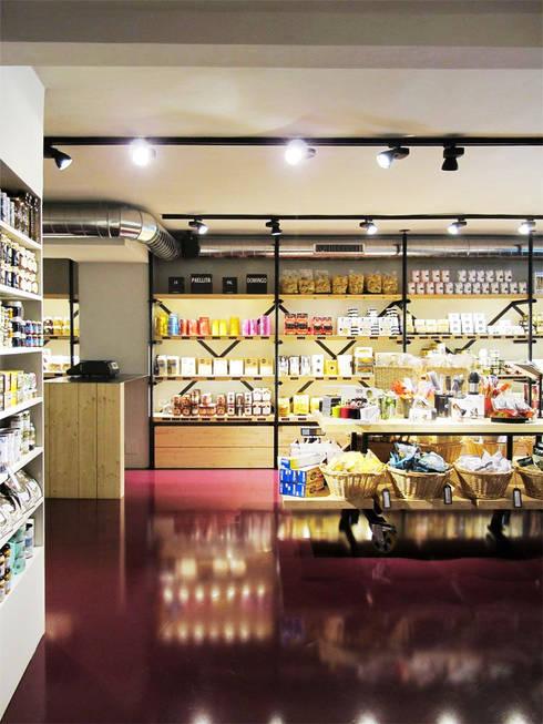 Dö  Delicatessen  -  El placer del buen comer: Oficinas y Tiendas de estilo  de Miriam Barrio