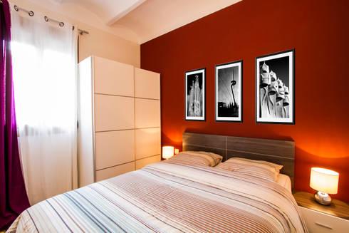 Apartamento turistico en Barcelona.: Dormitorios de estilo moderno de Agami Design