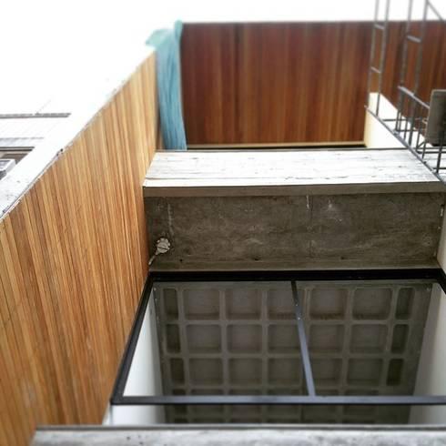 S17 LOFTS – Edificio Residencial Porto Alegre / Brasil: Casas modernas por hola