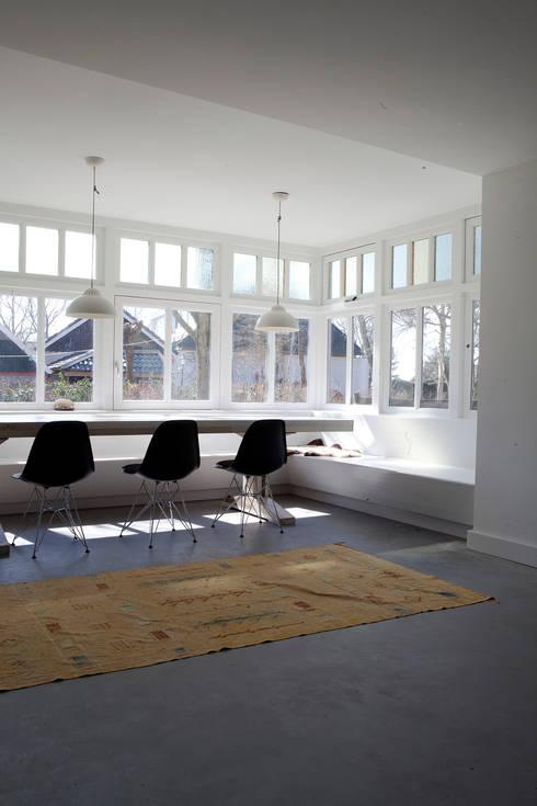 Vakantiehuis Schiermonnikoog: moderne Eetkamer door Binnenvorm