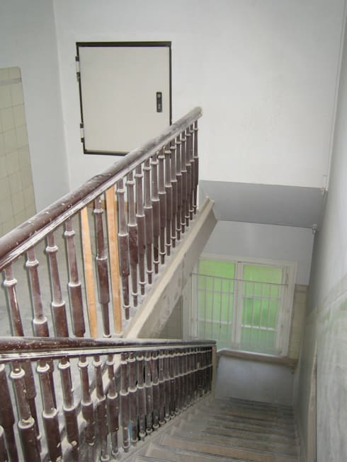 Aufzug DG vor Umbau & Sanierung:   von Atelier von Wecus