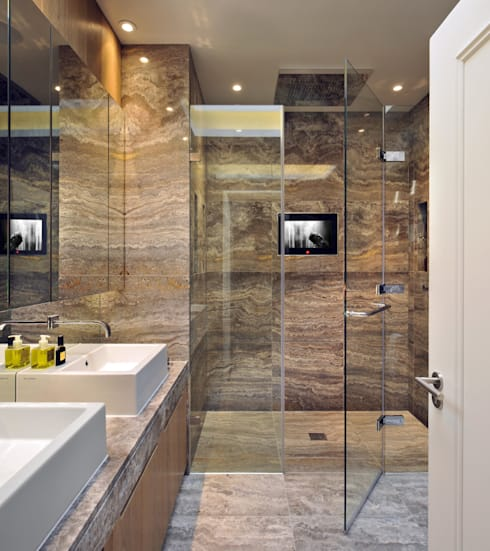 Ensuite Bathroom :  Bathroom by TG Studio