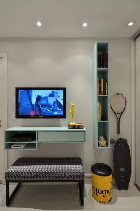 Dormitórios adolescentes!: Quartos  por Johnny Thomsen Design de Interiores