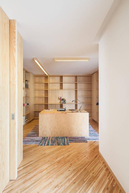 SilverWoodHouse:  Arbeitszimmer von Joao Morgado - Architectural Photography