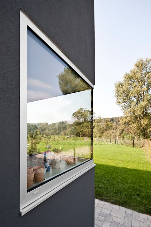 Ventanas de estilo  por Corneille Uedingslohmann Architekten