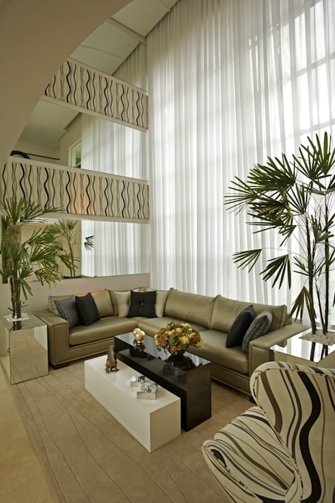 Living room by Arquiteto Aquiles Nícolas Kílaris