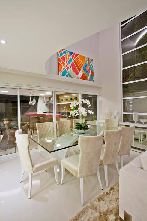 Comedores de estilo  por Designer de Interiores e Paisagista Iara Kílaris