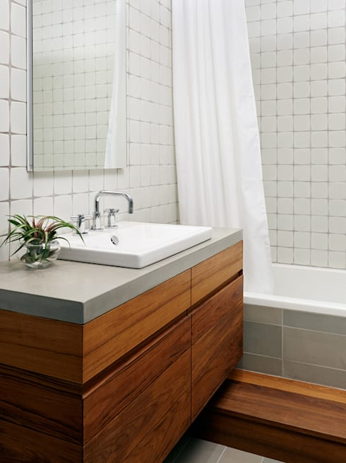 Sharon Street:  Bathroom by General Assembly