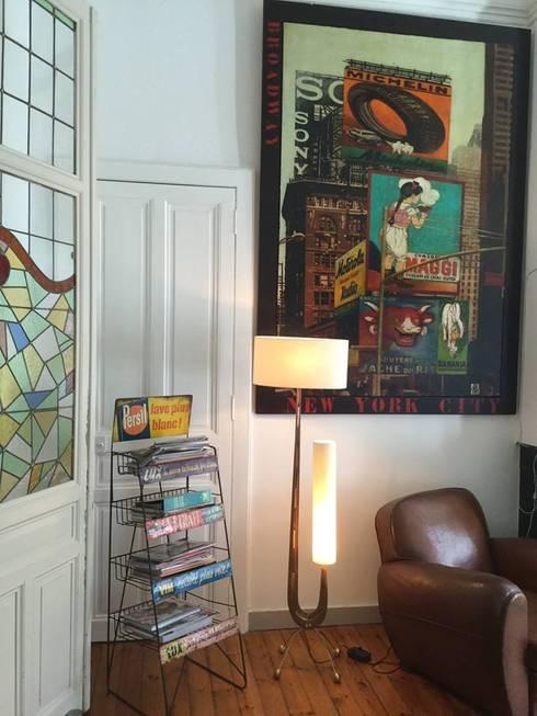 lampe Jeanne Hofffmann design créations: Salon de style  par HOFFMANN DESIGN CREATIONS