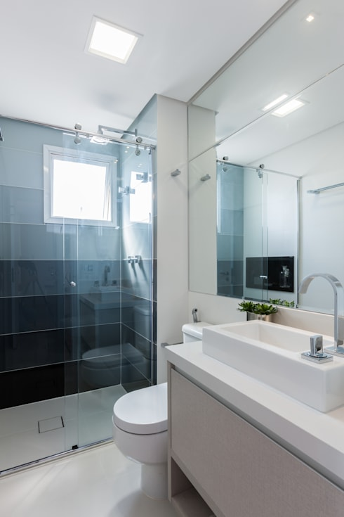 modern Bathroom by Barbara Dundes | ARQ + DESIGN