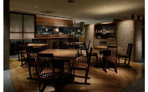 INTERIOR/2: BaNANA OFFICE INC.が手掛けたレストランです。