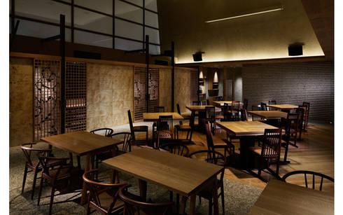 INTERIOR/5: BaNANA OFFICE INC.が手掛けたレストランです。