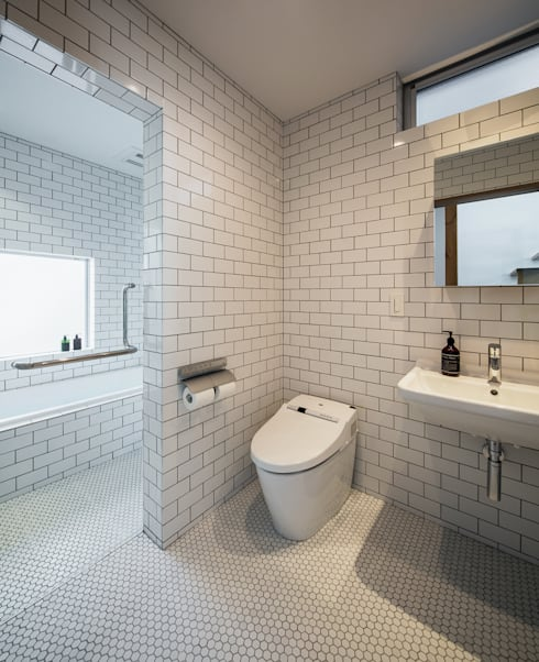 クレバスハウス バスルーム: 株式会社seki.designが手掛けたお風呂です。