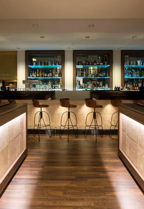 Bar - Interiordesign Hotel Berlin:  Hotels von Fine Rooms Design Konzepte GmbH