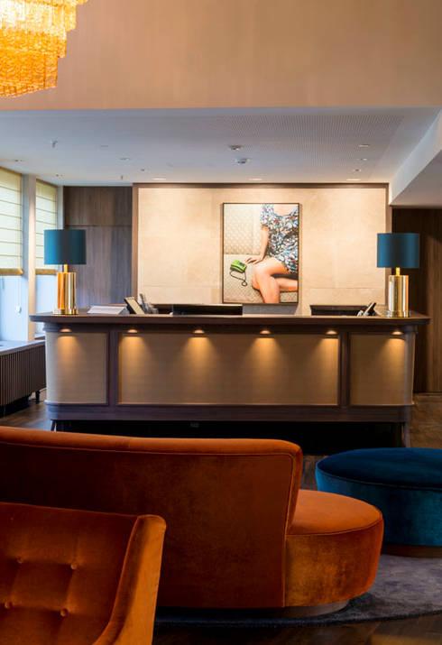 Rezeption - Interiordesign Hotel Berlin:  Hotels von Fine Rooms Design Konzepte GmbH