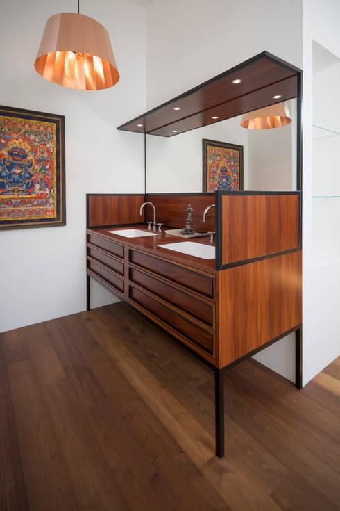 c Andreas Balon:  Ankleidezimmer von Architekt Alexander Diem