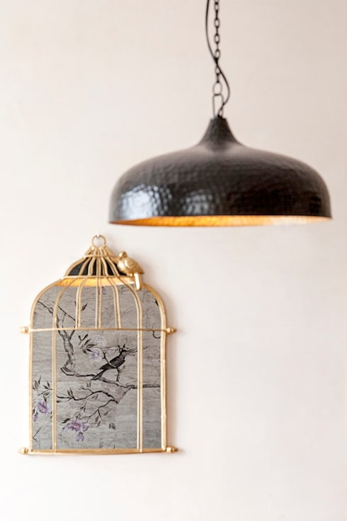 DINING ROOM - DETAIL DECORATION: Sala de jantar  por Home Staging Factory
