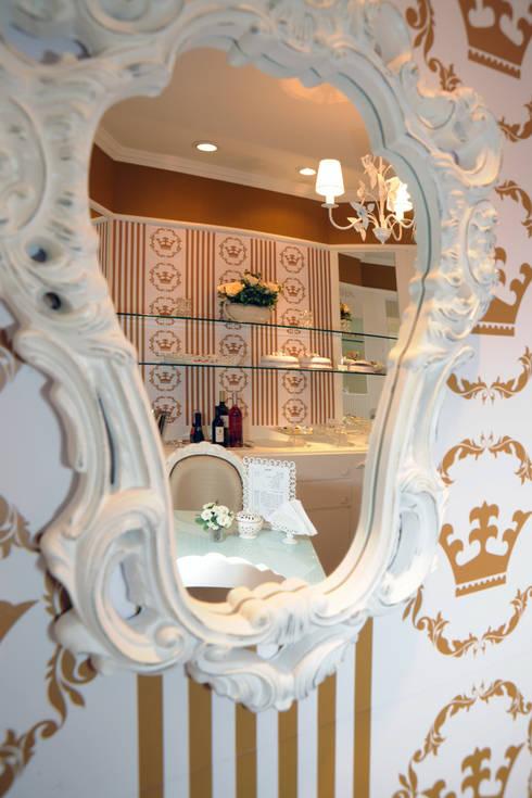 Paredes de estilo  por Adriana Scartaris: Design e Interiores em São Paulo