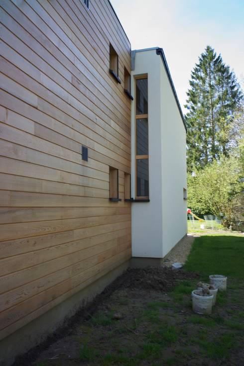 Escalier: Maisons de style de style Moderne par Architecture Landscape & Urban planning