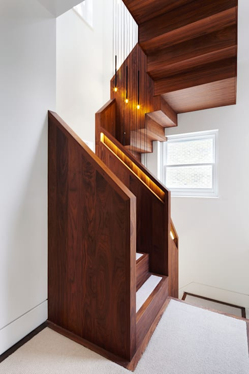 Corridor, hallway & stairs  by Fraher Architects Ltd