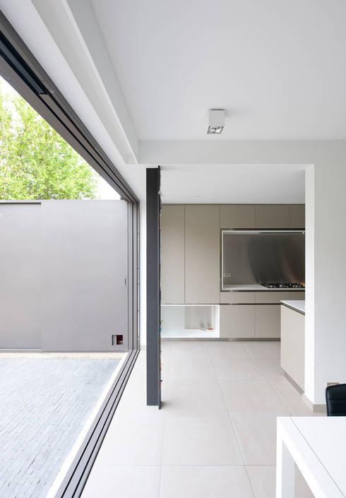 Cozinhas  por das - design en architectuur studio bvba