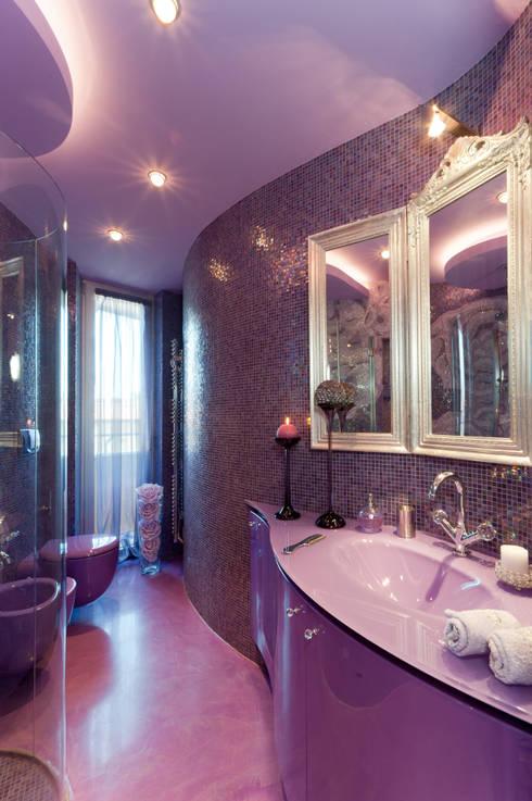 Badezimmer von STUDIO CERON & CERON