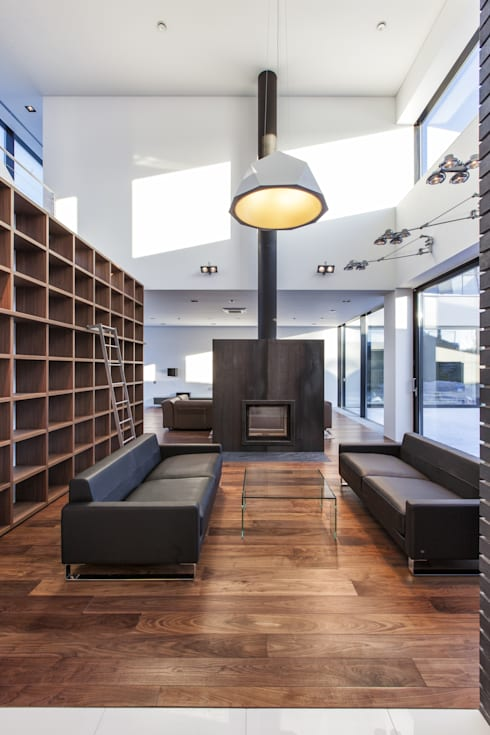 Дом #2: Гостиная в . Автор – DK architects