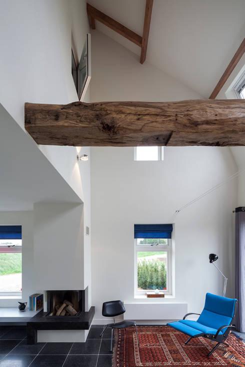 woonkamer richting kopgevel, foto: Scagliola Brakkee:   door bijvoet architectuur & stadsontwerp