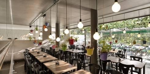 FRU | Restaurante  Frutaria do Parque : Espaços comerciais  por Kali Arquitetura