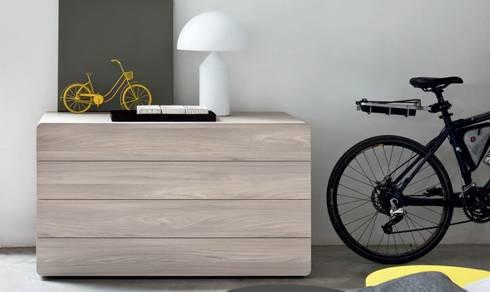 AMBIENTES PARA DESCANSAR: Dormitorios de estilo minimalista de EBAE INTERIORISME