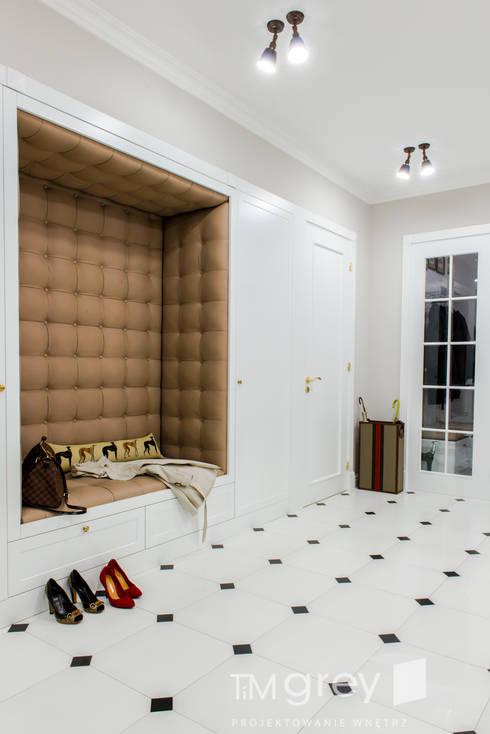 الممر والمدخل تنفيذ TiM Grey Interior Design