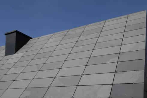 fassade und dach aus schiefer symmetrische deckung por rathscheck schiefer und dach systeme zn. Black Bedroom Furniture Sets. Home Design Ideas