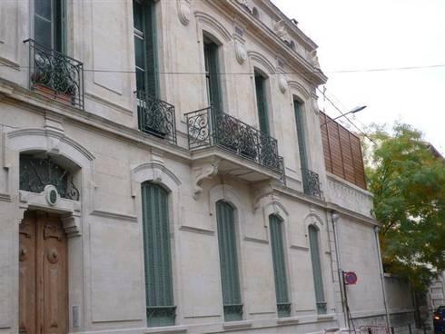Renovation des combles d 39 un immeuble bourgeois par agence for Architecture classique