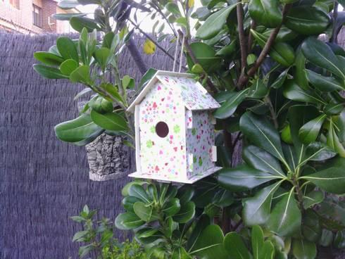 Casita Puzzle - Primavera: Jardín de estilo  de Decupach