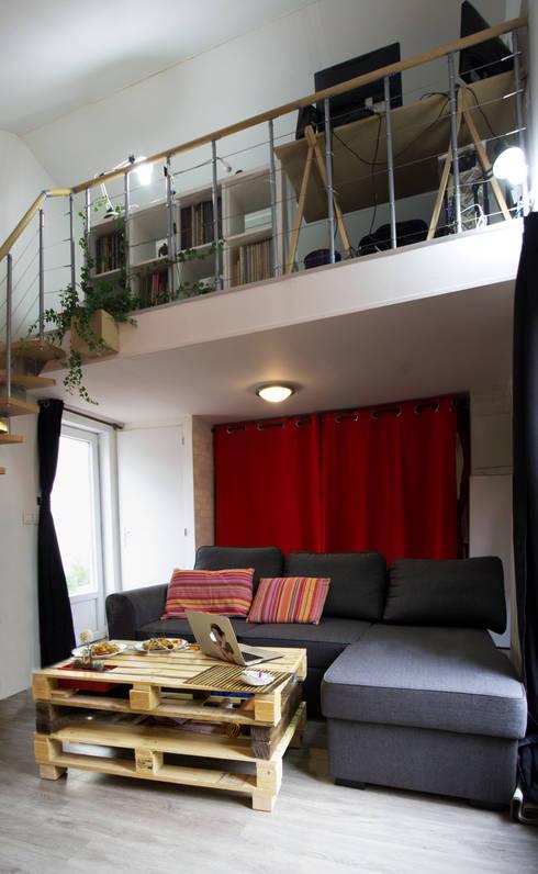 Phòng khách by lmarchitectureinterieure