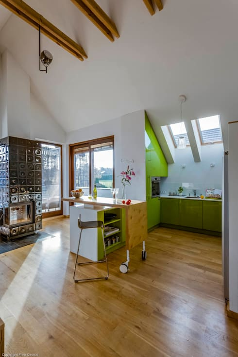 Apartment w Libertowie pod Krakowem: styl , w kategorii Salon zaprojektowany przez Biuro Projektowe Pióro