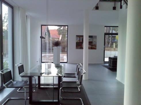 Einfamilienhaus im Bauhaus Stil in Falkensee bei Berlin