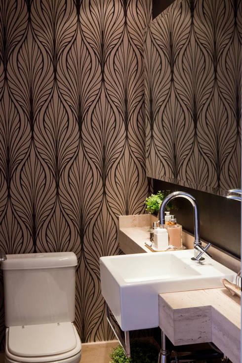 Apartamento Vila Nova Conceição : Banheiros modernos por Asenne Arquitetura