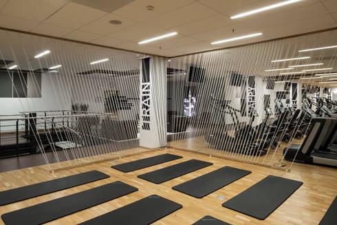 puls fitness club stuttgart deutschland von fifty fifty design homify. Black Bedroom Furniture Sets. Home Design Ideas