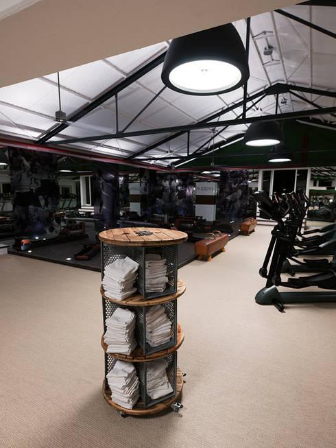 sportomed fitness mannheim deutschland von fifty fifty design homify. Black Bedroom Furniture Sets. Home Design Ideas
