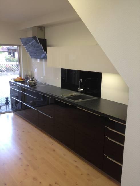 schwarze k che von k chen und mehr stephan stahl gmbh homify. Black Bedroom Furniture Sets. Home Design Ideas