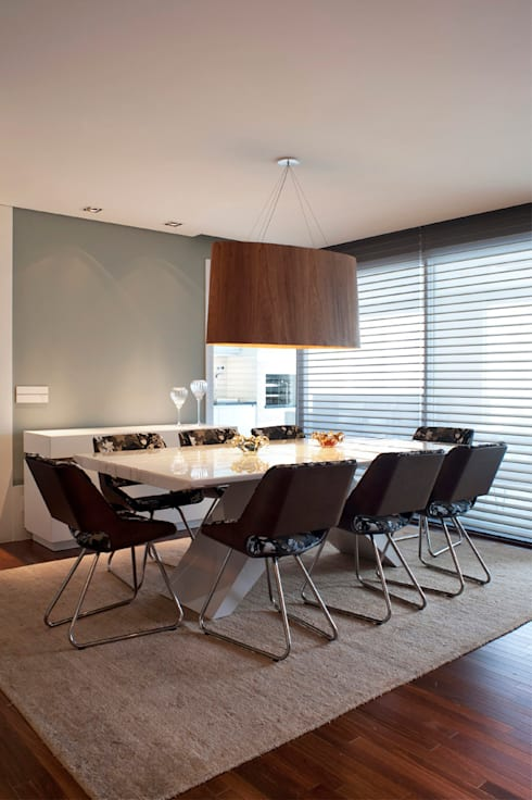Sala de Jantar Personalizada: Salas de jantar modernas por KTA - Krakowiak & Tavares Arquitetura