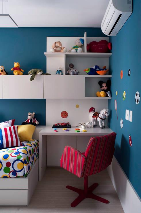 Quarto Infantil com Tema de Futebol: Quarto infantil  por KTA - Krakowiak & Tavares Arquitetura